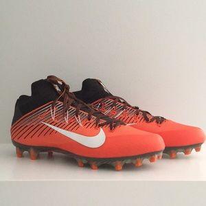 Nike Vapor Football Cleat Flyweave
